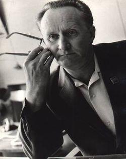 Научитель Михаил Вениаминович - профессор, доктор экономических наук, заслуженный деятель высшей школы Республики Беларусь